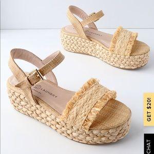 ZIBA Chinese Laundry natural straw flatform sandal